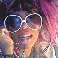 pink-hair-forker-gyrl
